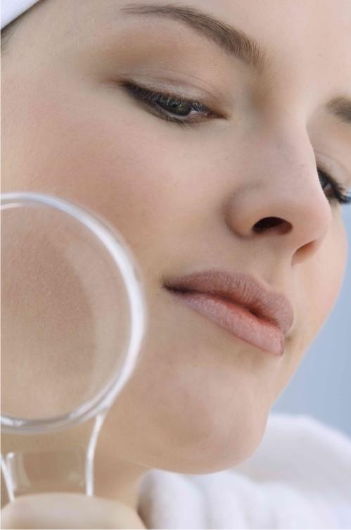 чистка лица перекисью водорода от черных точек